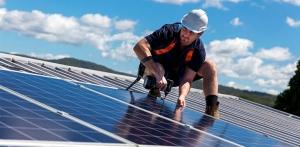 Panneaux solaires : processus d'installation et avantages économiques