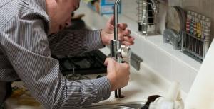 Quelles sont les principales missions d'un plombier professionnel ?